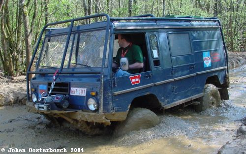 johan oosterbosch in the mud with his C303